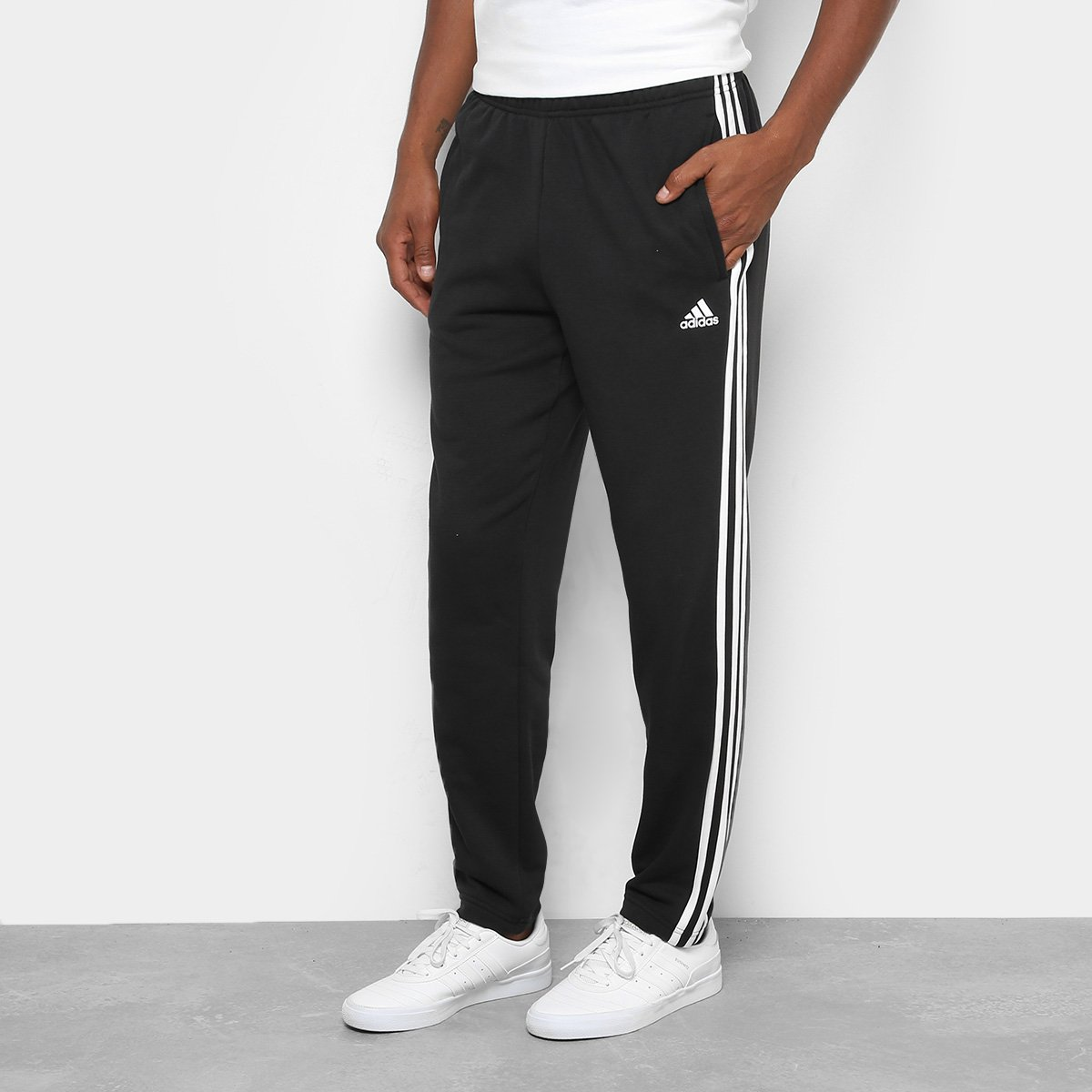 16a3e194e35 Calça Adidas Ess 3S Coft Masculina - Branco e Preto - Compre Agora ...