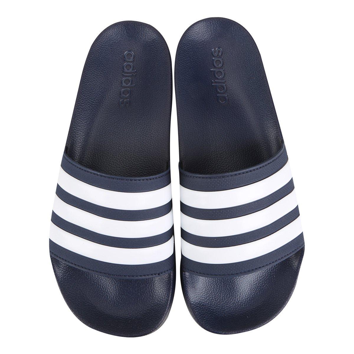 buy online b288b 373ff Chinelo Slide Adidas Adilette Cloudfoam Masculino - Marinho e Branco -  Compre Agora   São Paulo Mania
